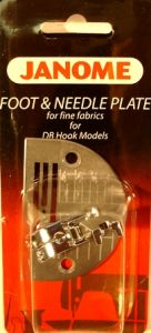 Janome 1600 Series Straight Stitch Foot with Needle Plate