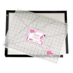 Nifty Notions Back Lit Lightpad and Cutting Mat 11 in x 17 in